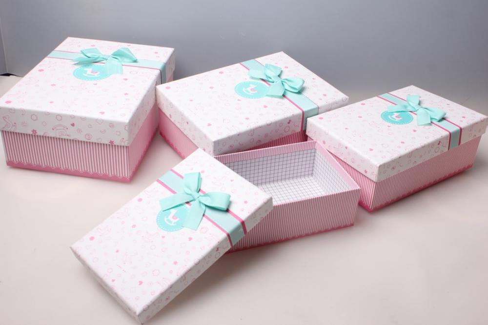 Подарочная коробка для детского подарка 38