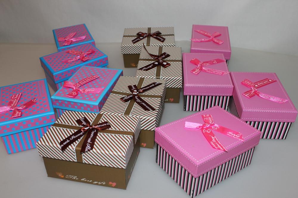 Как называется коробочка для подарка