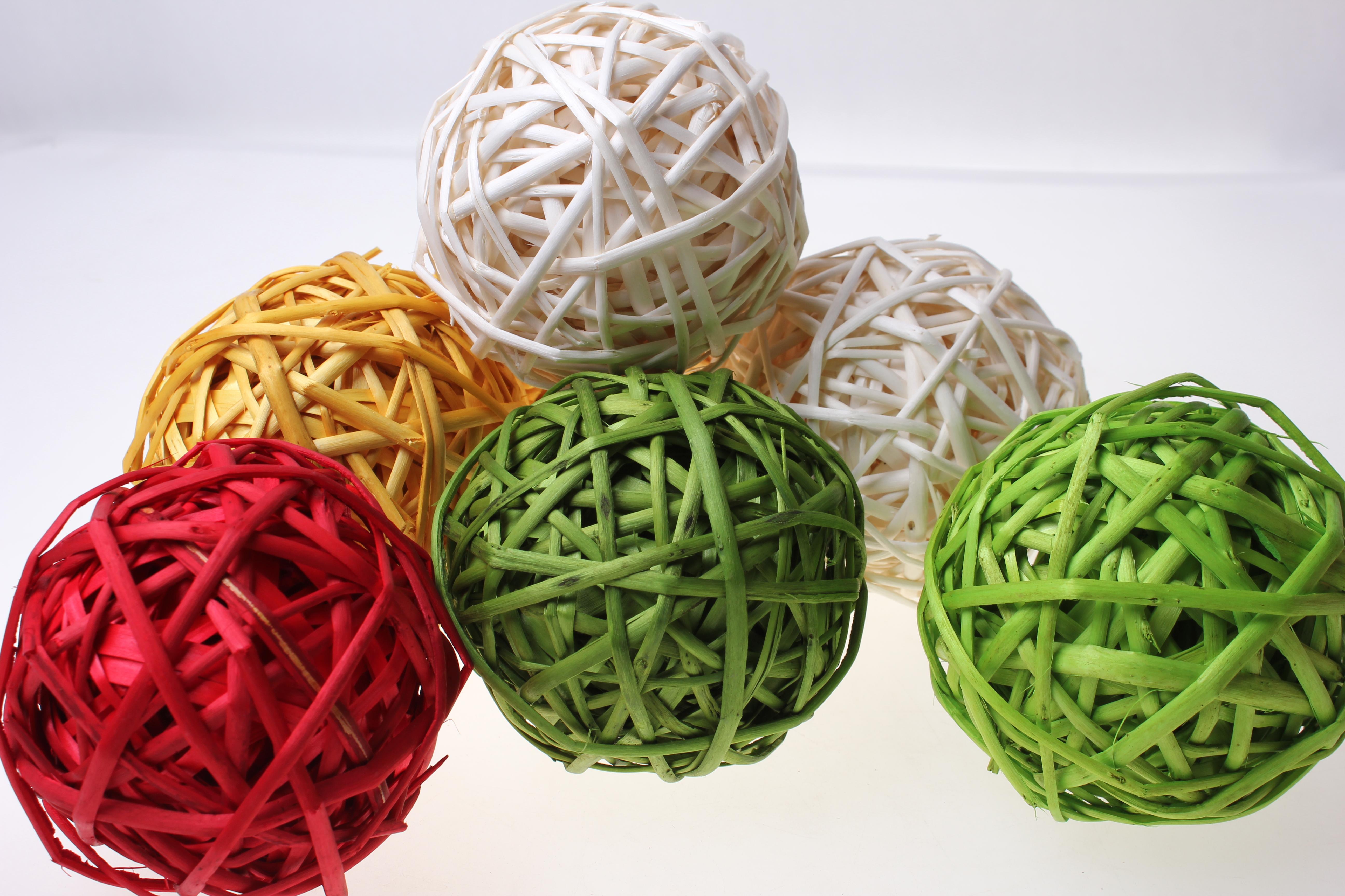 Как сделать плетеные шары из ниток