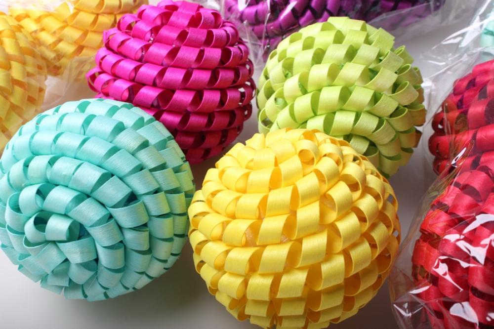 Декоративный шар из ротанга своими руками 87