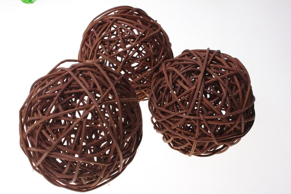 Декоративный шар из ротанга своими руками 44