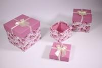 Набор подарочных коробок из 3шт (Куб) розовые с розовыми цветами