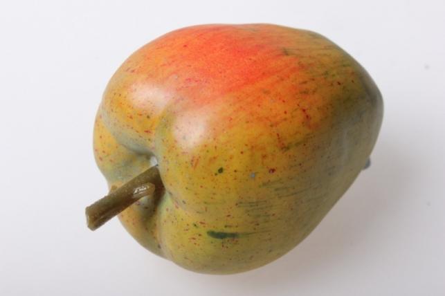 Яблоко большое 8см (1шт) 04-6