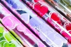 Плёнка для цветов - Сердца 0.7 в рулонах