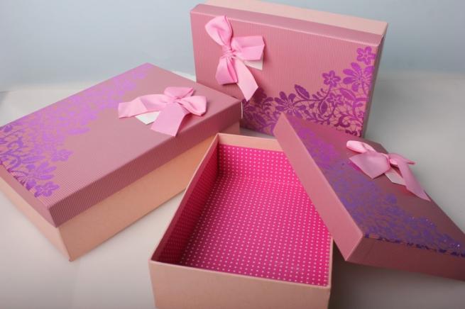 Набор подарочных коробок из 3х шт - розовая крышка с бантом 2015
