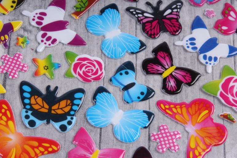 """наклейки на листе """"бабочки"""""""