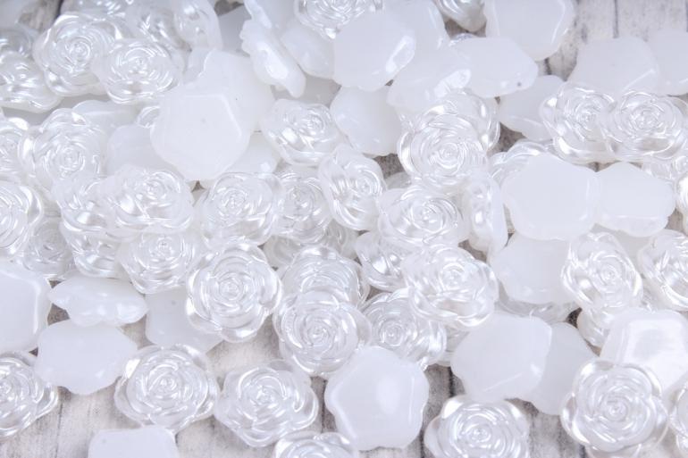 Бусины-стразы  (С) Розы белые  (10мм) в пакете 100гр