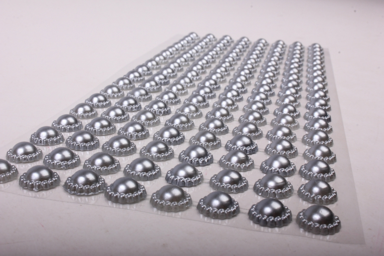Стразы на листе серебро  8мм  136 шт  DZ748  9524