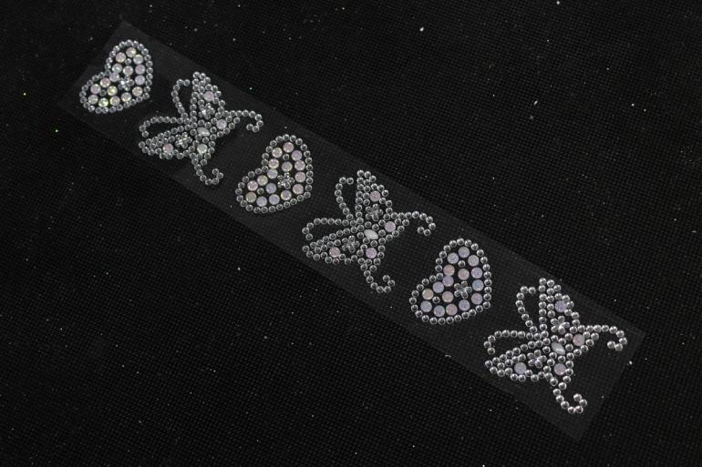 Стразы бабочки с сердцами голубые на листе  6шт DZ648  1415