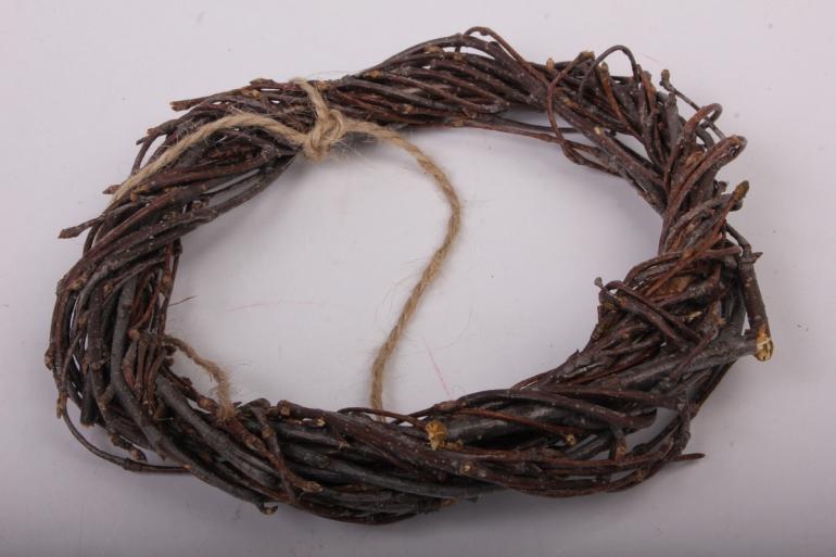Венок плетеный из веток 10см