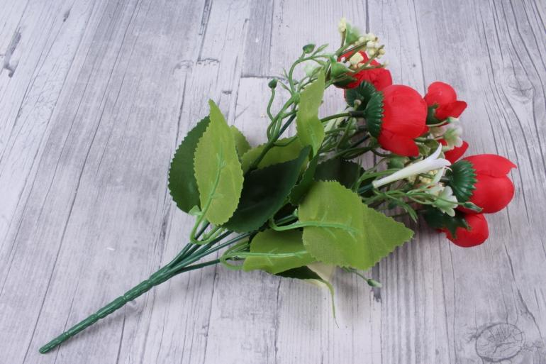искусственное растение - ранункулюс с белыми ягодами красный