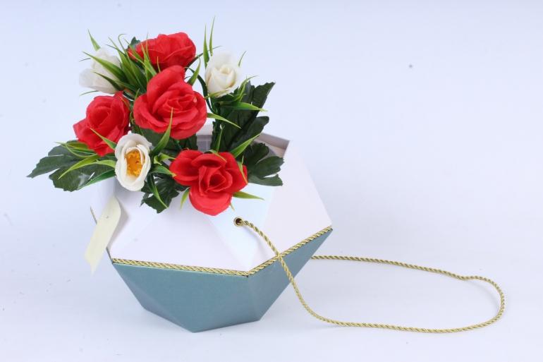 Искусственное растение - Розы с осокой красно-белые