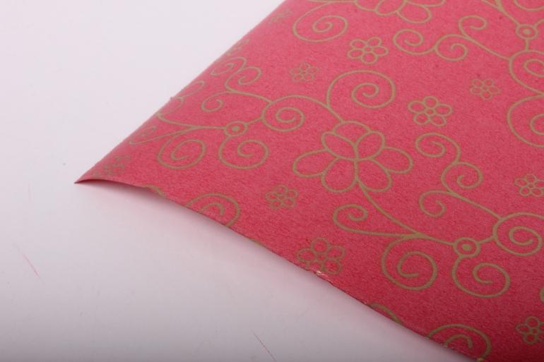 """Бумага на золотой основе """"Цветы"""" (красный) 53см*10м GOL-1085"""