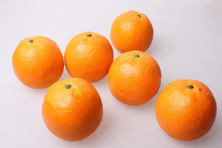 искусственные фрукты апельсины искусственные  8см (6 шт) 7662