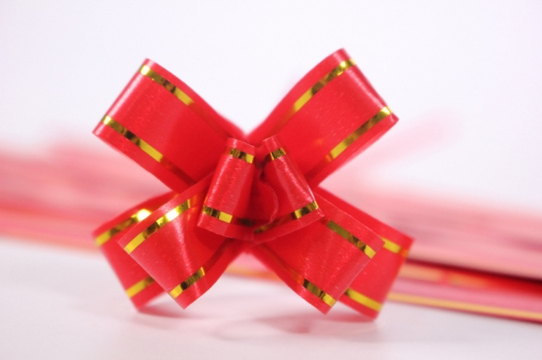 бант из ленты - бант-бабочка 12х250мм (золотая полоса) красный (10 шт.)