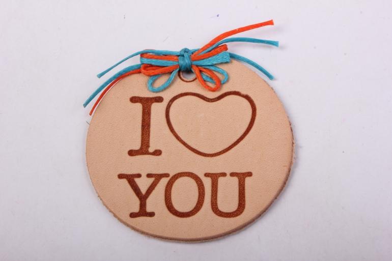бирка из натуральной кожи ?50 мм «i love you», декор бант из вощеных шнуров