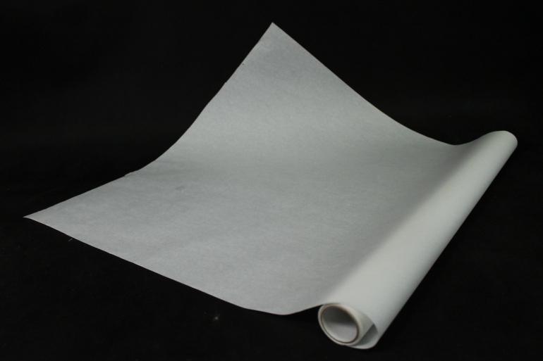 бумага  дизайнерский белый крафт 70см*10м  40г/м2   р901  м