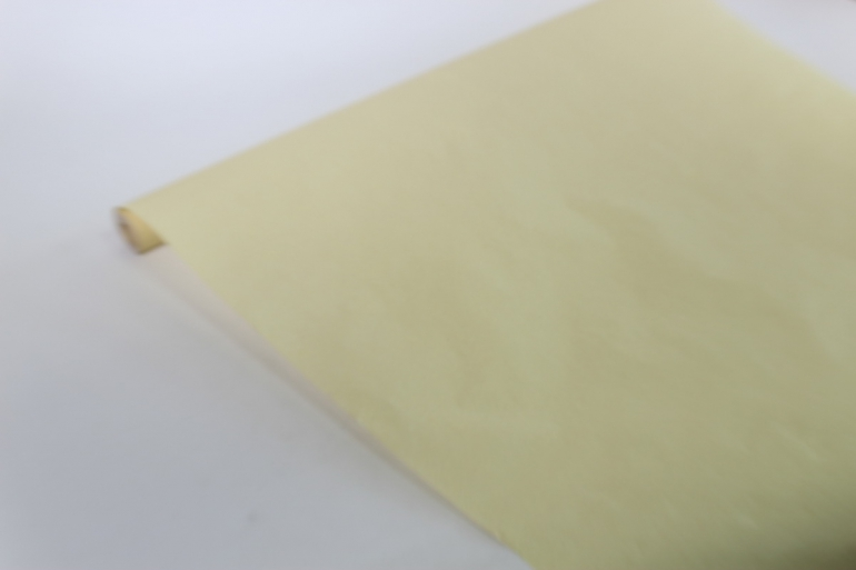 бумага  пергамент летняя пыльца 11/32 (83смх10м)