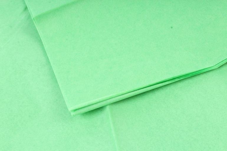 Бумага  тишью (Ч) зеленое яблоко  50*66см (10 листов в уп)