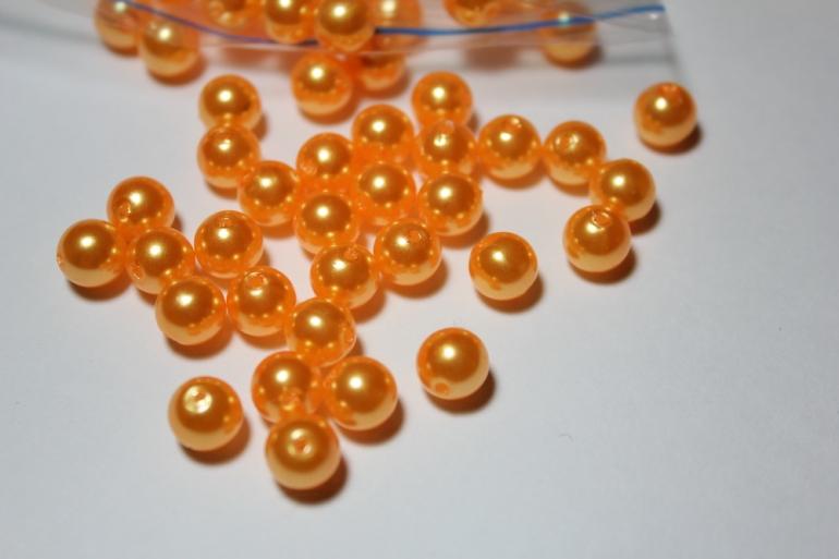 бусины 8 мм 100 гр. бусины перламутров. цветные  (8мм) в пакете 100гр оранжевые 1789