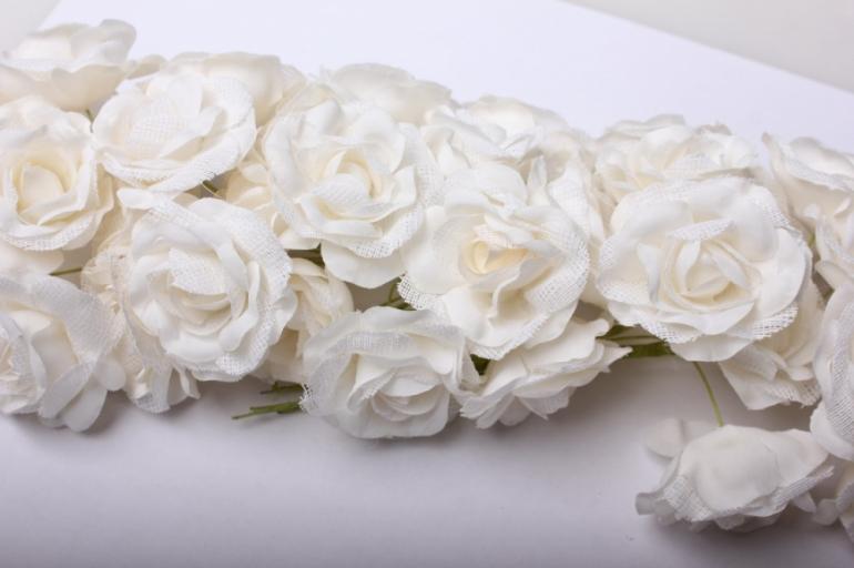 бутаньерка роза шампань (6 букет. по 6шт)