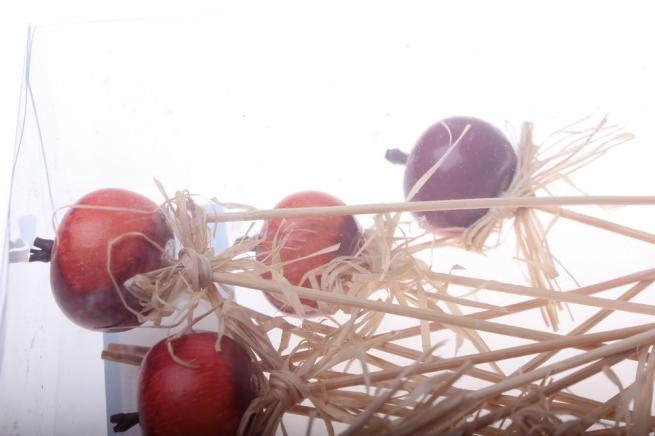 вставки декоративная вставка флористическая - 5424 вставка яблоки в коробке (24шт в уп) 2502