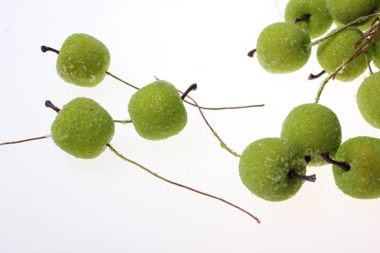 искусственные фрукты декоративные искусственные фрукты - набор яблок искусственных 2см (24шт) зеленое яблоко ph10931 6083