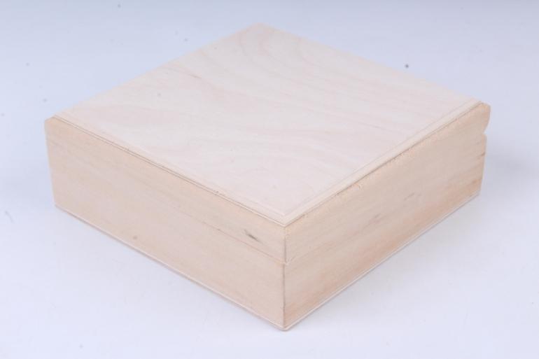 деревянная заготовка - шкатулка 140*140*50мм (сосна)