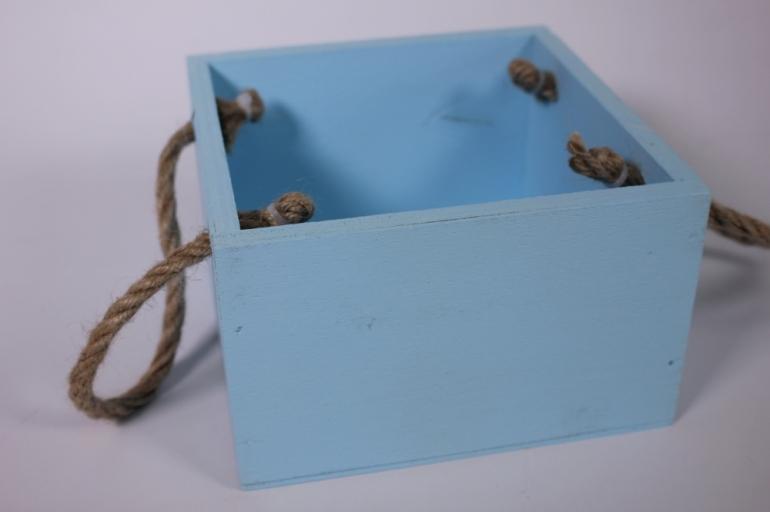 деревянныйящиксбоковымиверёвкамимголубой15*15*10см