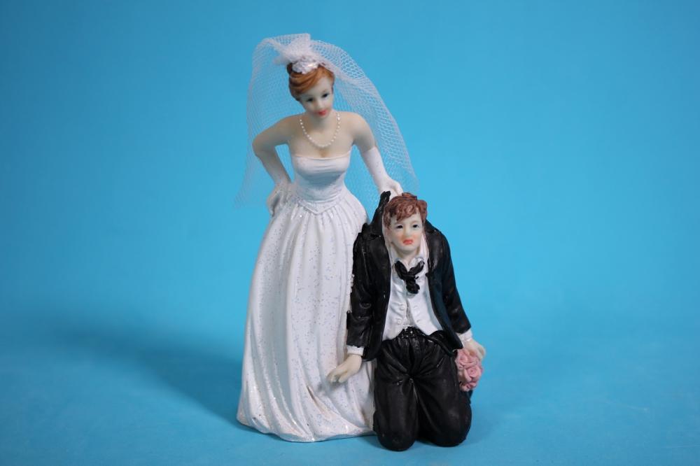 Прикольная, картинка жених и невеста прикольные объемные