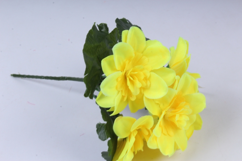 искусственное растение - примула махровая жёлтая 20 см