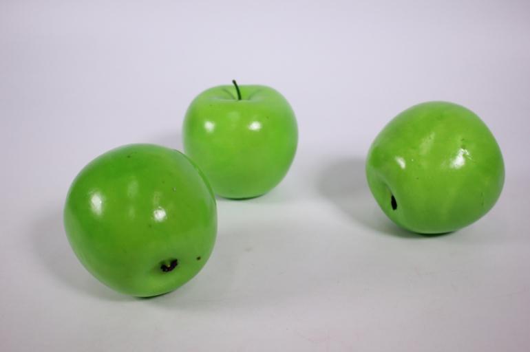 искусственные фрукты - яблоко зеленое 9см (1 шт)