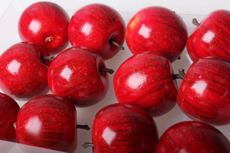 набор искусственных яблок (12шт) красный д.5 см 8854