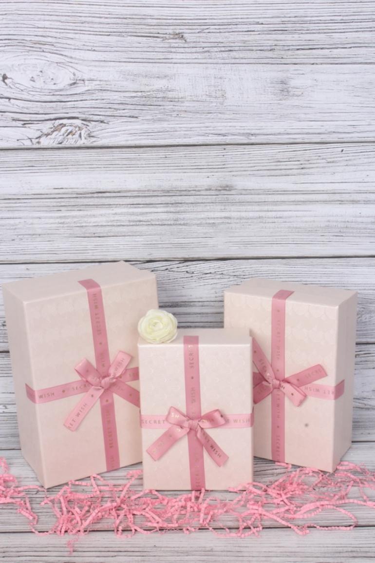 Набор подарочных коробок из 3шт -  Прямоугольник тиснение Ракушки розовый 21*15*9см В502