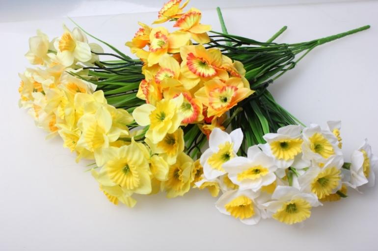 нарцис бело/желтый букет 30см