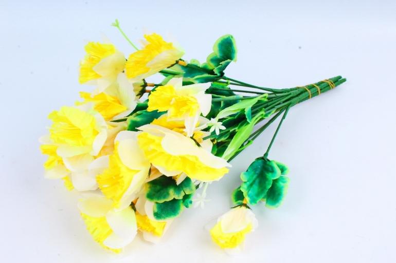 Нарциссы  жёлтые