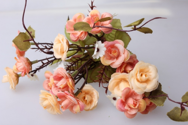 """роза """"спрей""""  кремовая букет - искусственные цветы"""