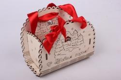 """Подарочная корзинка """"С Новым годом!"""" с домиком, малая (дл.15,3см;шир.9,5см;выс.12,5см) фанера 3мм, оформл.ПУ231-00-0306"""