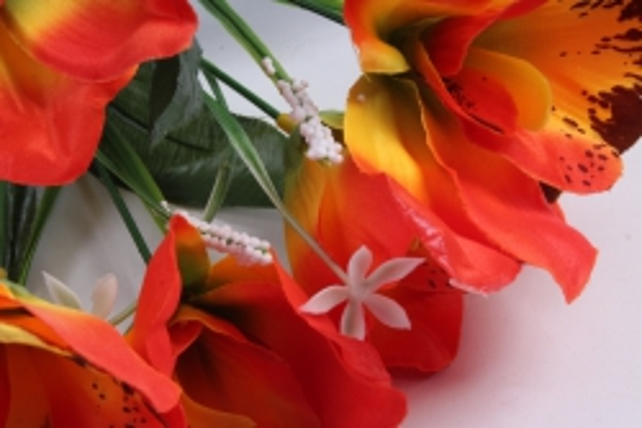 Искусственное растение - Орхидея букет красно/жёлтая