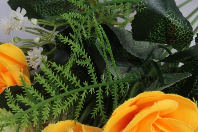 Искусственные растения - Розочка с гипсофилой шампань/желтая 35см