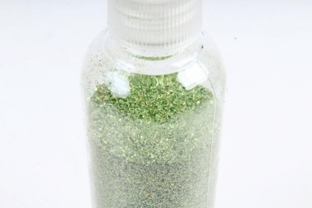 Блестки цветные  Светлозеленые  80гр. в тубе  В601/80