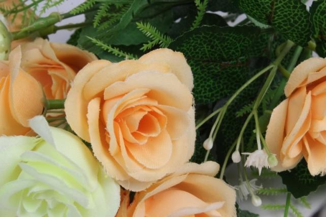 Искусственные растения - Розочка с гипсофилой шампань/персик 35см