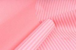 """Бумага цветной Крафт (Б) """"Полоска малая"""" Белый на розовом 60гр/кв.м (60см*10м)"""