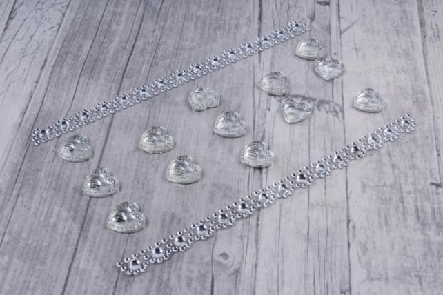 Стразы  Сердца+полоски белые 15мм  13шт  DZ561W  2918
