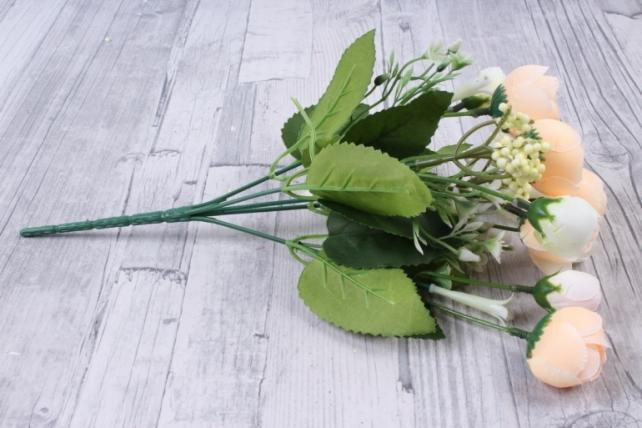 искусственное растение - ранункулюс с белыми ягодами бело-персиковый
