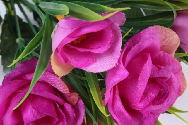 Искусственное растение - Розы с осокой пурпурные
