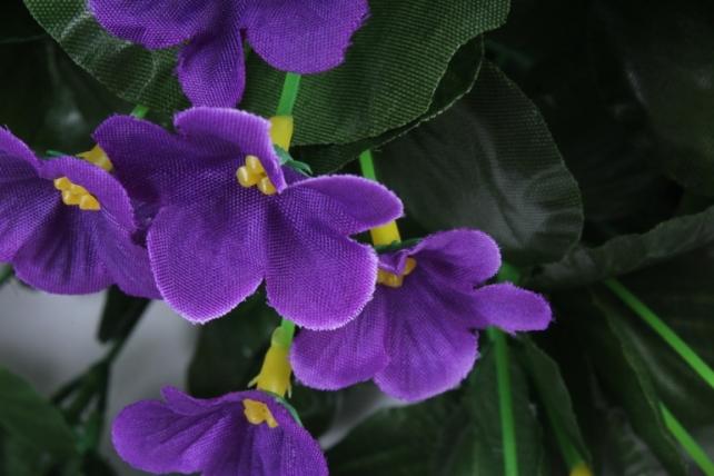 Искусственное растение - Букет фиалок круглый фиолетовый h=26cm