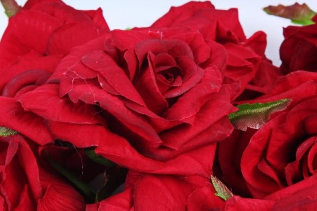 Роза 8 см (12 шт в уп) красная ART148