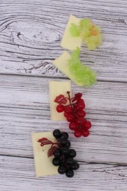 Декоративные Искусственные фрукты - Виноград-смородина №100  малый 9см