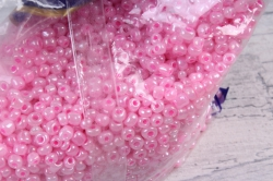 бисер декоративный  розовый  (450гр)